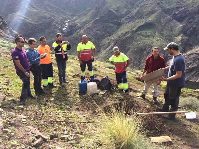El equipo de la Land Life Company explicaron los técnicos del Cabildo de Gran Canaria y el Geplan sobre el funcionamiento del Cocoon.