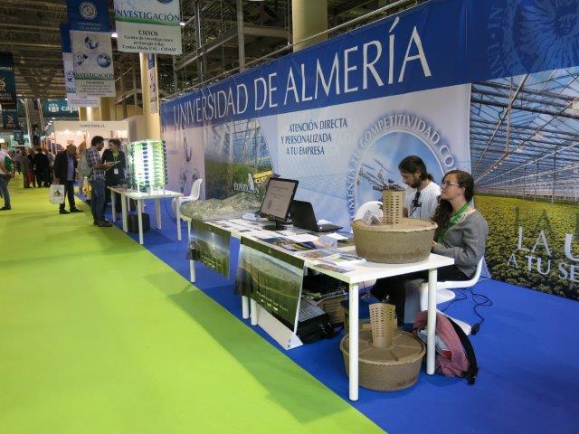 UAL-CAESCG presenta el proyecto The Green Link en la feria de InfoAgro