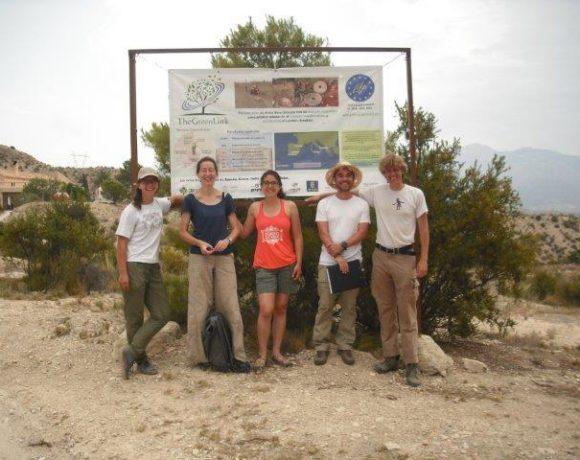 Visita a la plantación de Jijona de los estudiantes de la Universidad de Wageningen (Master en Administración Internacional de Tierras y Aguas)