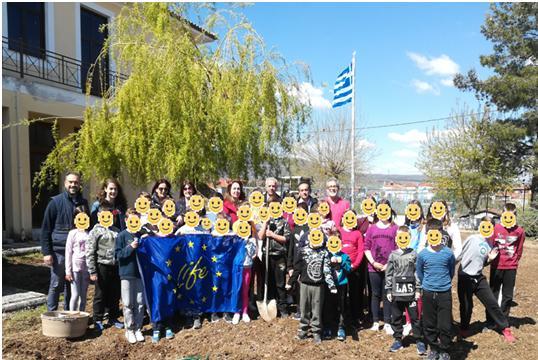 Actividades de replicación en una escuela de Agia Paraskeui, Grecia.